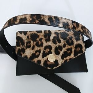 NWT VINCE CAMUTO FANY PACK LEOPARD BAG ON THE BELT